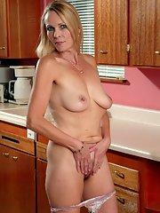 blonde pussy Moms