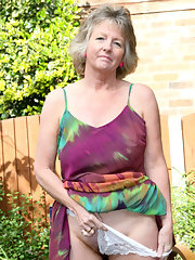 Louises pantyhose photos